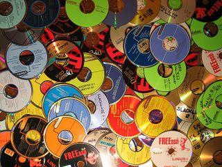 800px-Obsolete_CDs